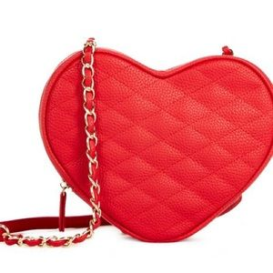 🎉🆕❤️ JUSTFAB HEART QUILTED CROSSBODY BAG RED NWT